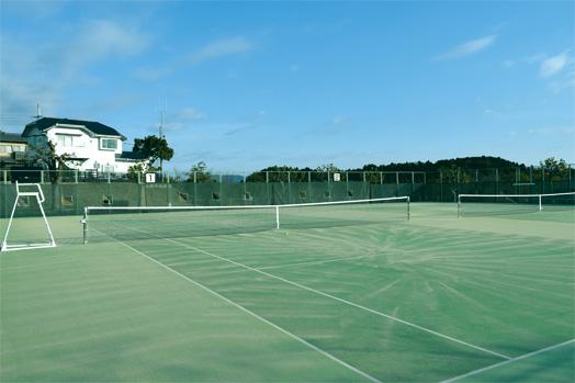 脇之島テニスコート